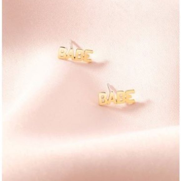Stella & Dot Jewelry - Stella & Dot - Boss Babe Studs